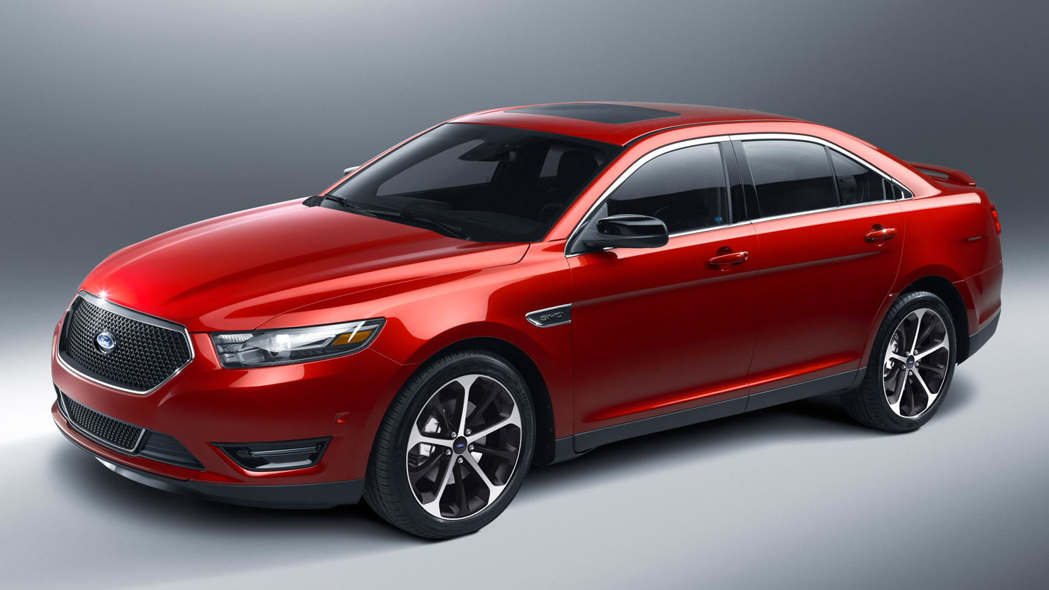 Power And Luxury Combine In The 2015 Ford Taurus Planet Ford